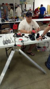 Albert KE0LOL offered his homemade antenna mount (looks exactly like com'l one)